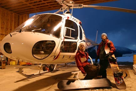 The chopper at Mica Heli-Skiing. - ©Eric Bergeri