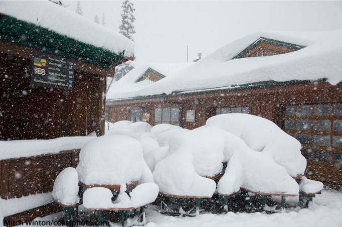 November ended with big snowfall at Whistler Blackcomb. Photo by Mitch Winton/Coastphoto.com.