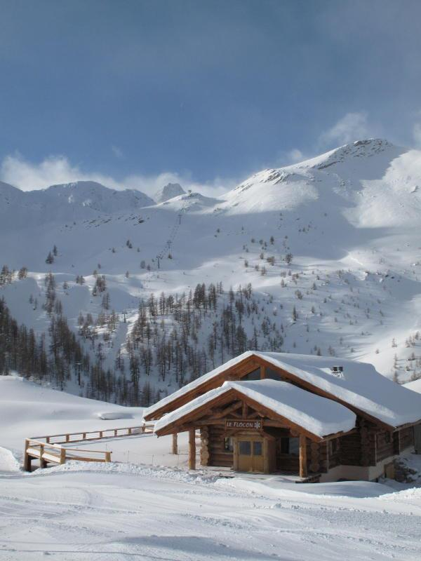 Snow-capped mountain hut in Serre Che. Dec. 8, 2012