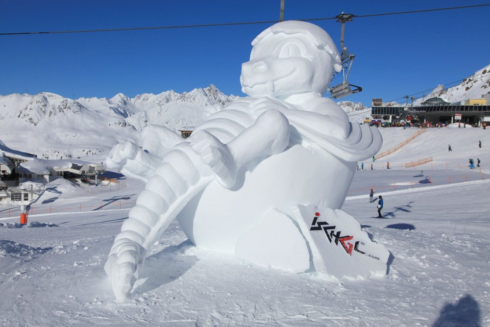 Baby dragon in snow, Ischgl. - ©Ischgl.com