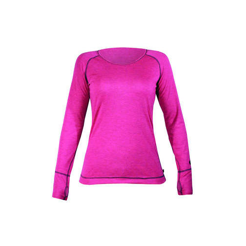 Hot Chilly's Geo Pro Women's Long Underwear Top - The Hot Chilly's Geo Pro Women's Long Underwear Top comes in two vibrant colors, Fuchsia and Sky. It's a great baselayer that will keep you warm and dry whether you're skiing or just wanting to stay warm on those cold winter days. $45. - Steve Kopitz, Skis.com. - ©Skis.com