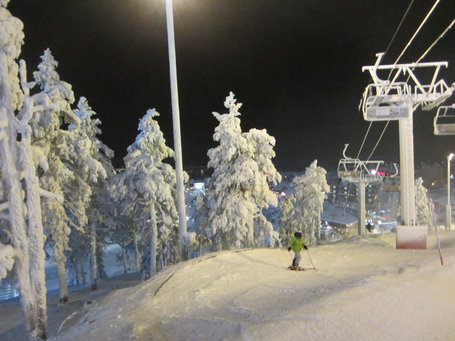 Skiing with the ghost trees in Lapland - ©Patrick Thorne