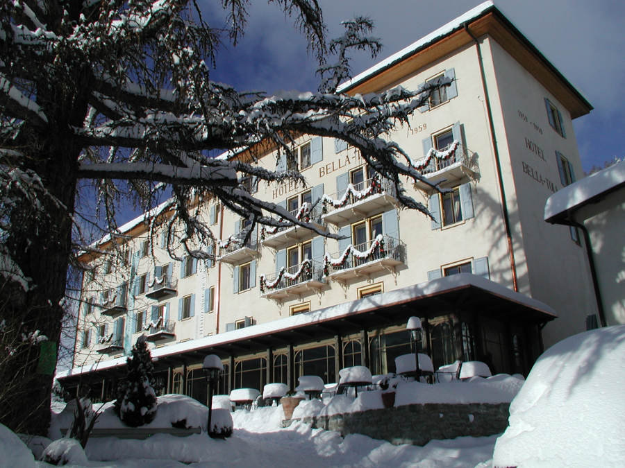 Historic Hotel Bella Tola in winter - ©OT Sierre-Anniviers