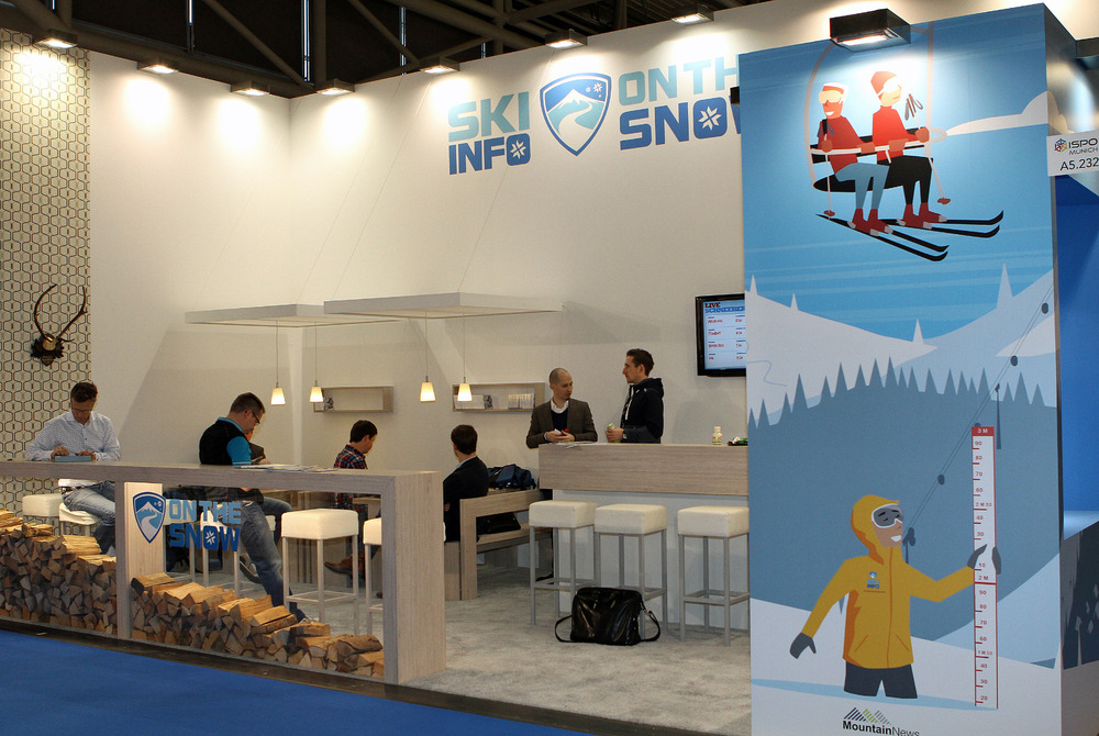 The traditional OnTheSnow ISPO stand - ©Skiinfo