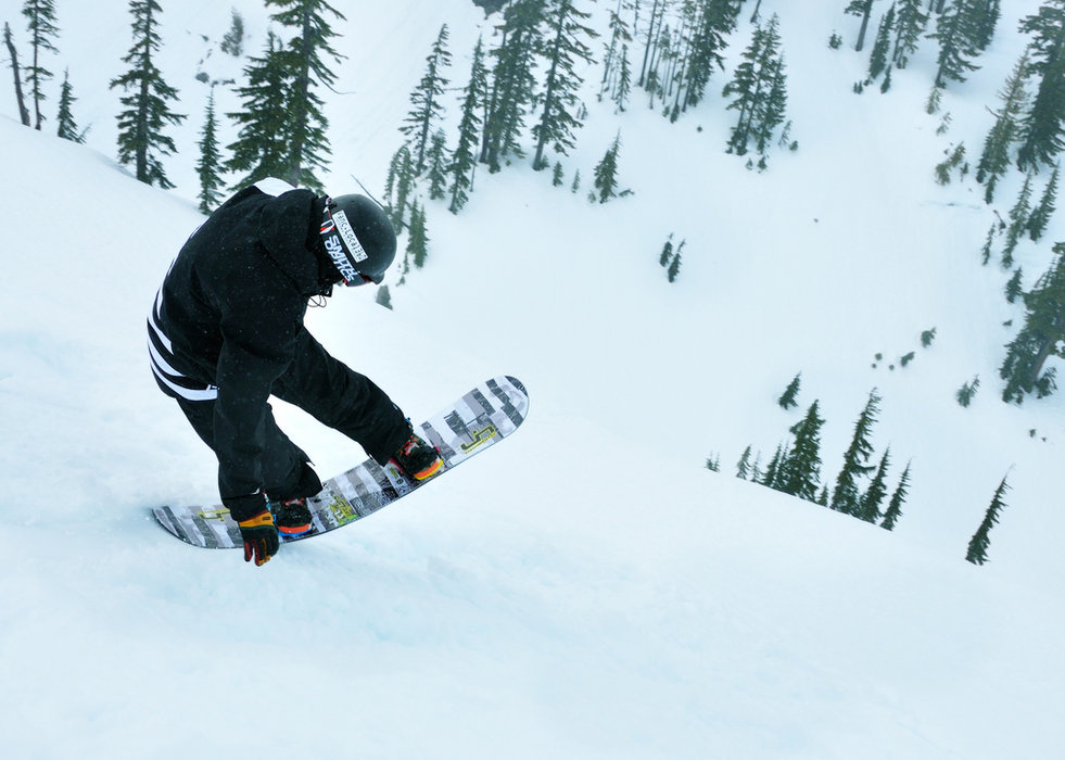 A snowboarder enjoys Mt. Baker. Photo by Cocoa Dream/Flickr.