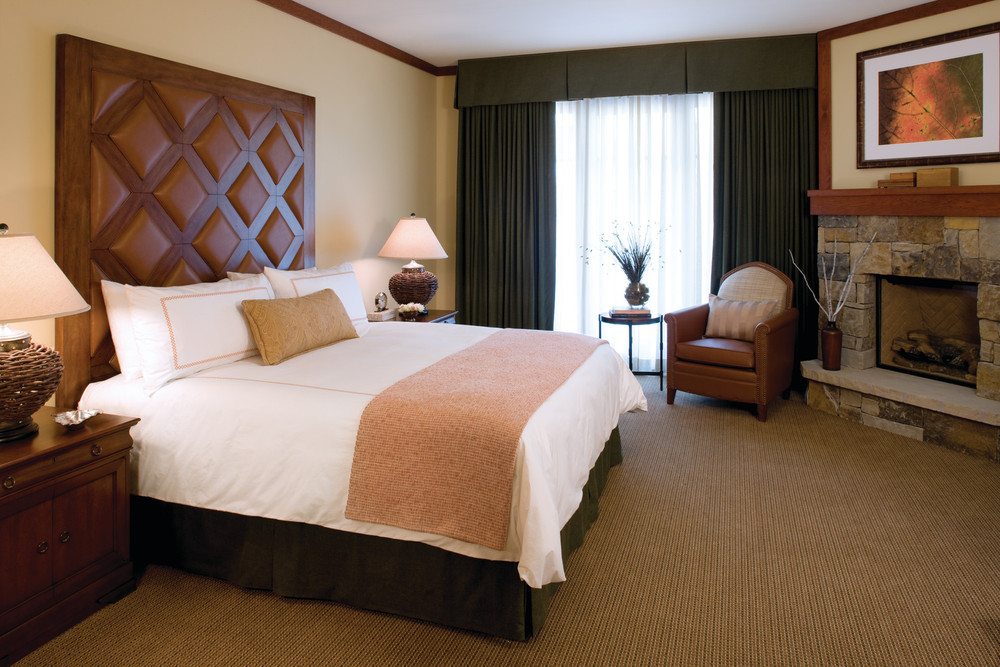 A standard guest room at the Four Seasons Vail. - ©Four Seasons Vail Resort & Spa