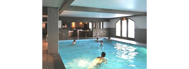 SUN VALLEY PISCINE - ©Central Booking Office LA PLAGNE