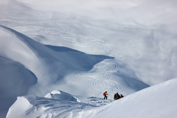 A prolonged storm cycle completely reset the snow pack in Alaska this season. - ©H2O Guides