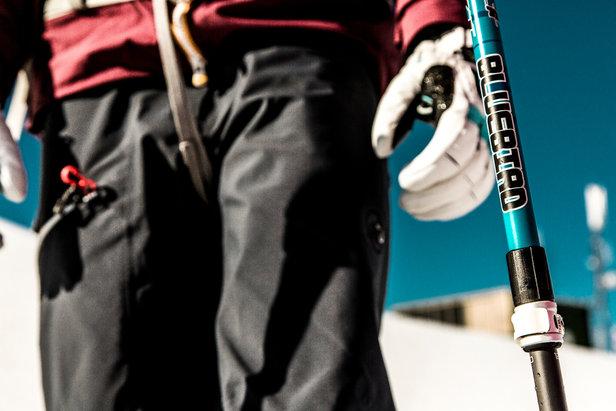 Teleskopstöcke beim Skifahren: Vor- und Nachteile von Stöcken mit verstellbarer Länge - ©LEKI   Christoph Schoech