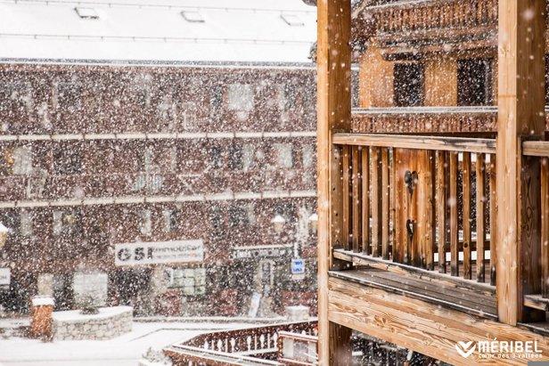 Schneebericht: Der Winter zeigt sich von der schönsten Seite! Neuschnee in vielen Teilen der Alpen - ©facebook Méribel
