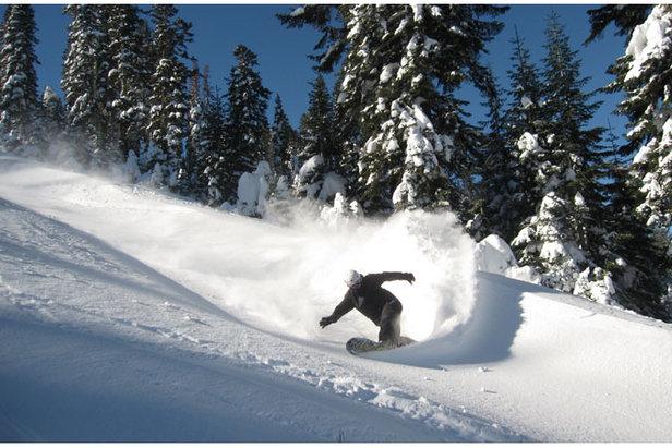 Powder turns at Alpine Meadows - ©Alpine Meadows