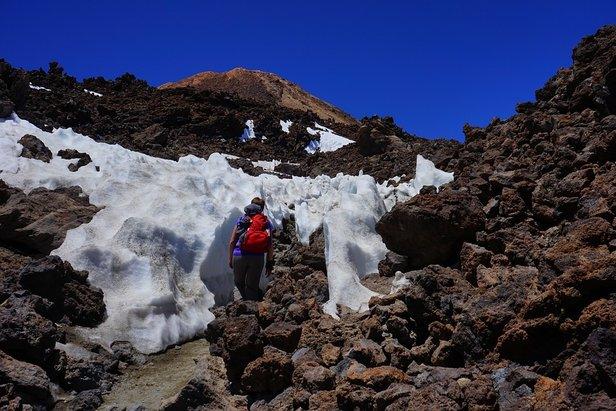 Im Wanderurlaub sind Wanderschuhe, ein Wanderrucksack sowie atmungsaktive Kleidung das A und O. - ©pixabay.com / Hans (CC0 1.0)