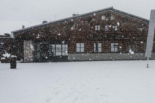 Čerstvý sneh v Alpách: Začiatok septembra priniesol veľa prašanu! - ©Facebook Zugspitze