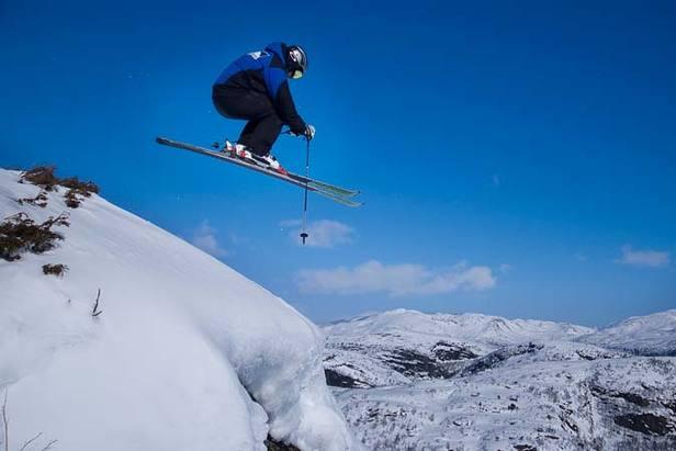 Ålsheia - ski jumper 677px