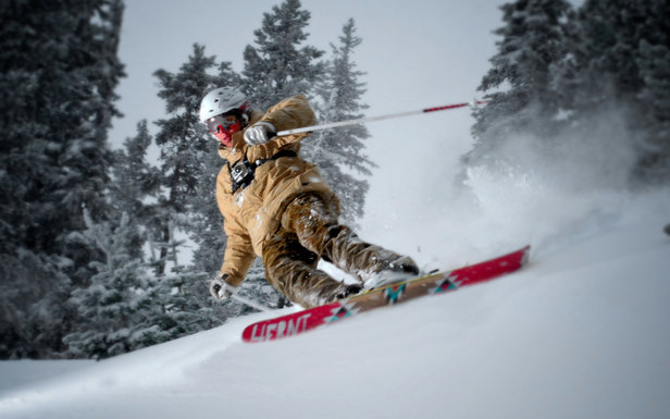 Skiinfo.no har testet carvingski - ©Paul Clark/Black and Red Photography