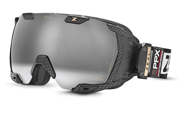 The world's smartest ski goggles? It's no exaggeration. Zeal's Z3 GPS Live goggles combine all your favorite gadgets into one. - ©Zeal Optics