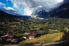 Wolken liegen auf Grindelwald