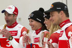 L'équipe Suisse de ski alpin prend la pose  - ©Swiss Ski