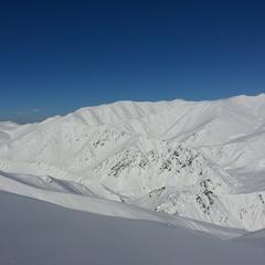 V Gulmargu se lyžuje opravdu vysoko