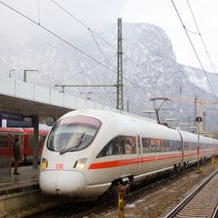ICE-Einfahrt im Bahnhof Garmisch-Partenkirchen - ©Deutsche Bahn AG