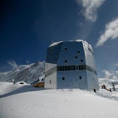 Monte Rosa Hütte - ©Hwking / Creative Commons