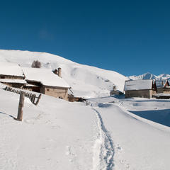 Stations villages des Hautes-Alpes - ©Images et Reves