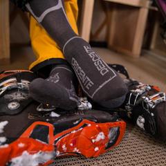 Skischoenen moeten perfect zitten. - ©Liam Doran