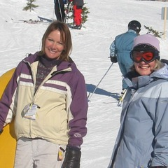 Two women smile at Big White sunshine. Photo by Peter Bulthuis/Flickr. - ©Peter Bulthuis/Flickr