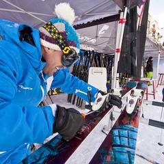 Avant de vous lancer tête baissée, demandez conseils aux pros du ski ! - ©C.Cattin  - OT Val Thorens