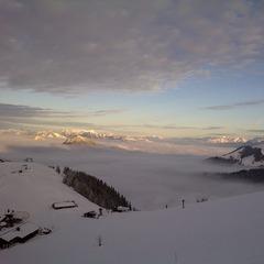 Blick von der Bergstation des Kitzlahner Sesselliftes auf Walleralm - ©Liftbetriebe Sudelfeld