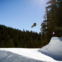 Team Rider, Jordan Nield, in The Alley park at Sierra-at-Tahoe