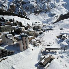 Vue sur le domaine skiable de Gourette - ©Suire Thierry