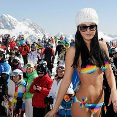 Snow beach day in Nassfeld Pressegger See