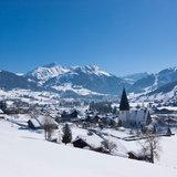 Zoom sur Gstaad - © Gstaad Saanenland Tourismus