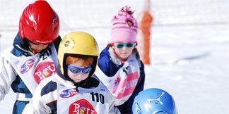 Le passage des étoiles du ski français ©Eric Beallet