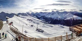 Raport śniegowy: alpejskie ośrodki nadal działają na pół gwizdka, od soboty w Polsce spore opady ©Davos