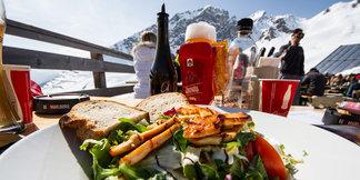 Fünf Gründe warum Anfänger im Frühling Skifahren lernen sollten ©Skiinfo