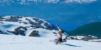 Nyt vårværet med ski på bena ©Daniel Tengs