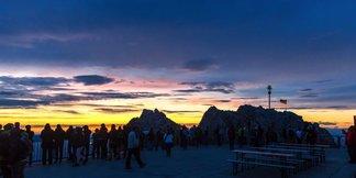 Sonnenaufgang auf der Zugspitze - ©Tiroler Zugspitzbahn