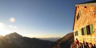 Sommerbilanz der Alpenvereinshütten 2017: Trotz schwachem September gute Saison für Hüttenwirte - © DAV / Thomas Gesell