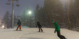 """Toyota presents """"Let's Go for the Snow"""" Learn to Ride Deals at Mt. Hood Meadows ©Dave Tragethon / Mt. Hood Meadows"""