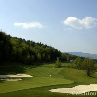 Ypsilon Golf Resort