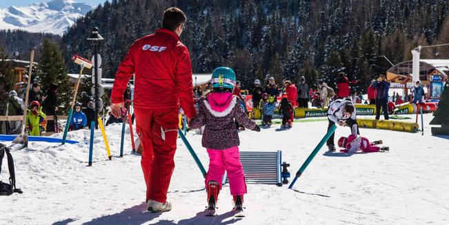 Apprendre à skier avec les écoles de ski - © Alban Pernet
