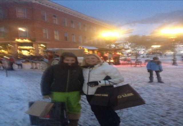 Had a blast Christmas Eve shopping with my daughter. Even more fun skiing. Good times in Aspen. See ya next year:)))