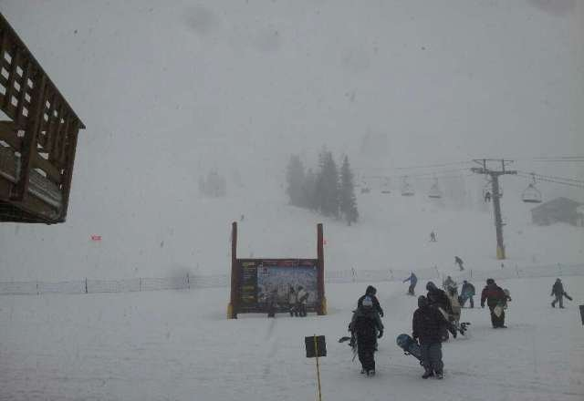 Kinda windy, bad vis but its snowing!