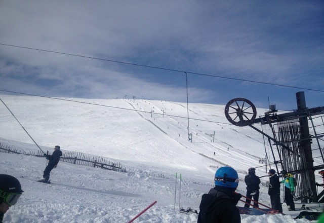 taken yesterday - snow conditions good, sunshine in parts and little wind. Great day on the slopes.
