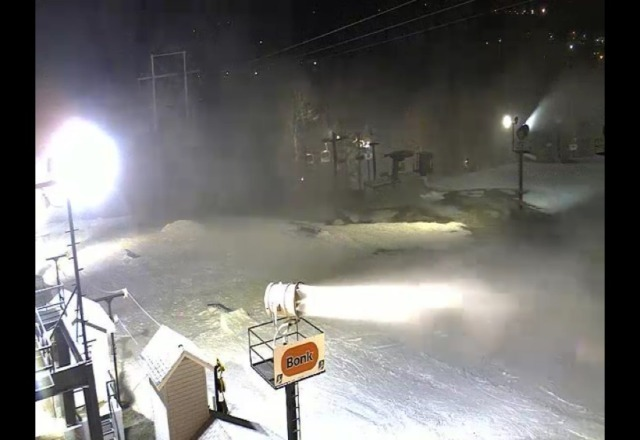paoli is back to blowing snow!!
