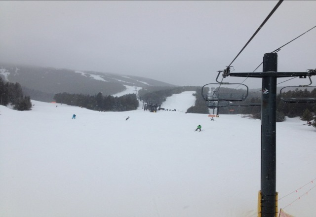 Fresh pow!! It's a perfect day on the mountain!