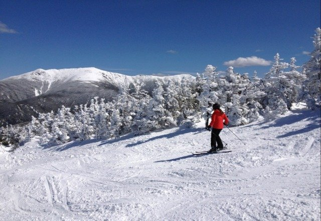 Sat was a bluebird spring day with snow from spring corn to winter packed powder as you went up. Lines were small, grins were big. Perfect.