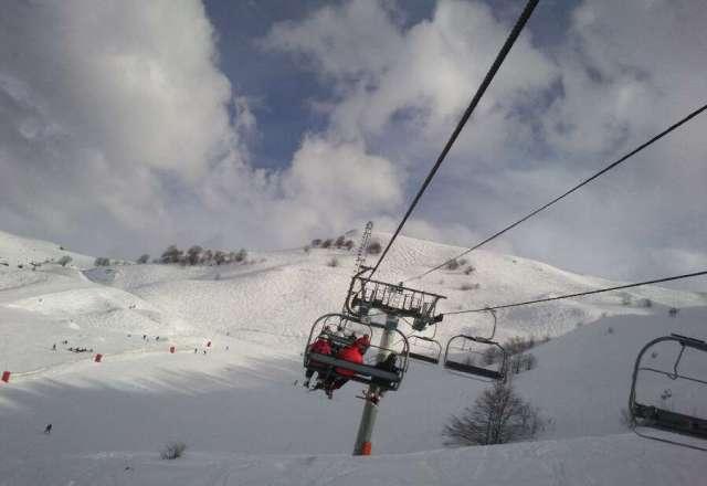 tr?s bonne station de guzet on peux faire du skis sans attendre longtemps au t?l?si?ge et une tre bonne neige et belle piste pour tout niveaux